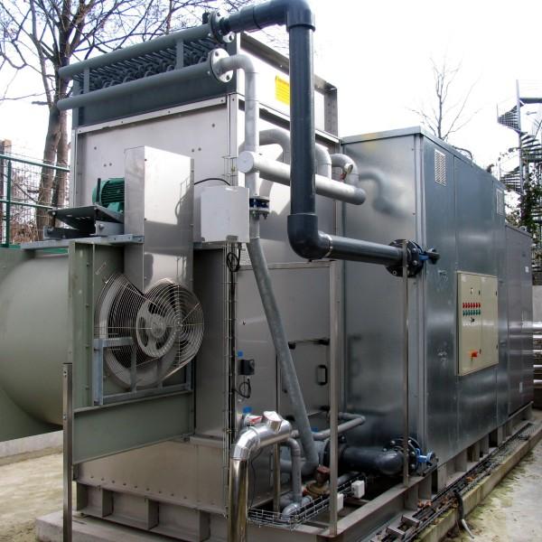 Machine à absorption d'une centrale solaire thermique de climatisation - Argenteuil