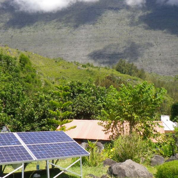Photovoltaïque en site isolé pour l'alimentation électrique d'une maison - Mafate - Réunion
