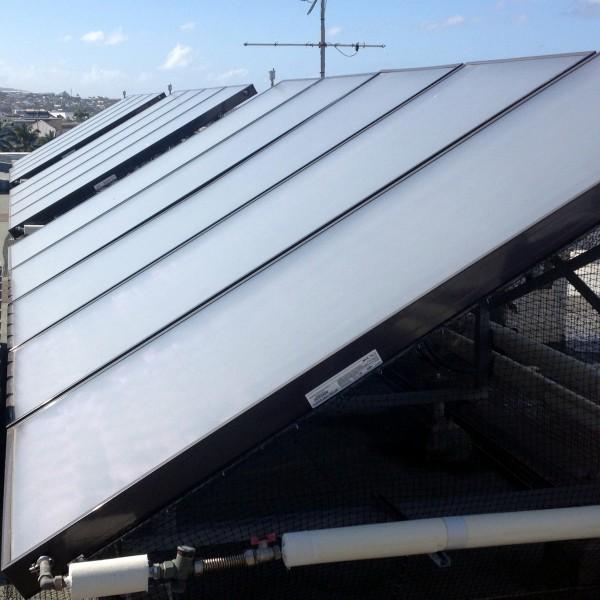 Solaire thermique, production d'eau chaude sanitaire collective - Réunion